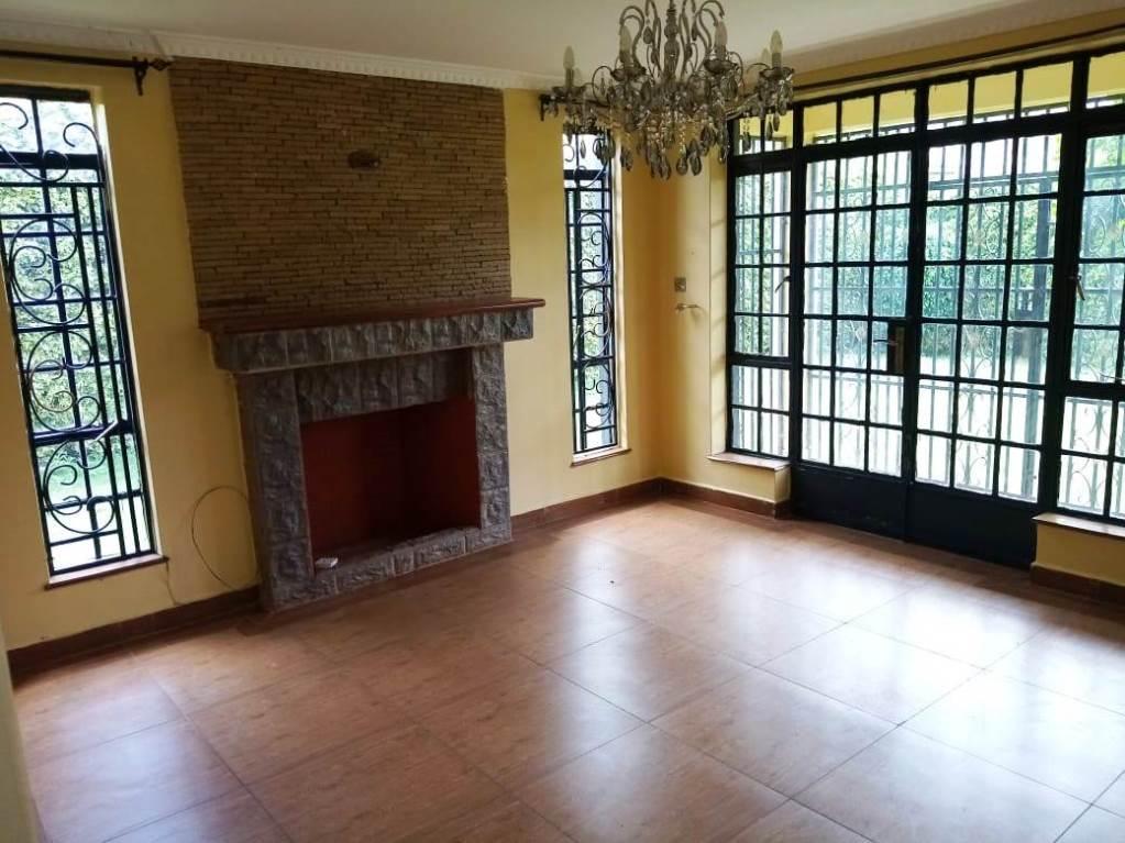 4-bedroom-maisonette-for-sale-in-edenville4