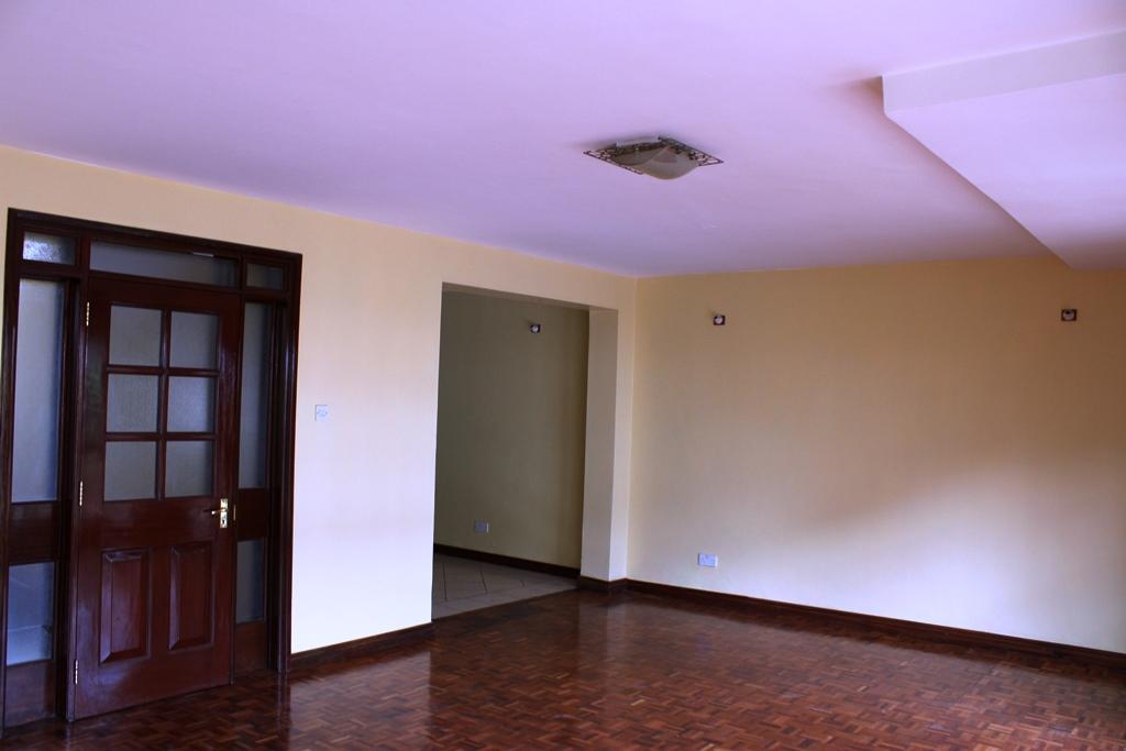 4-bedroom-to-let-in-brookside4