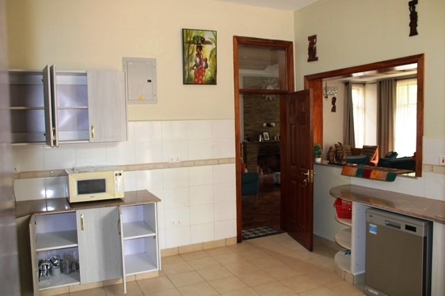 4-bedroom-to-let-in-thigiri12