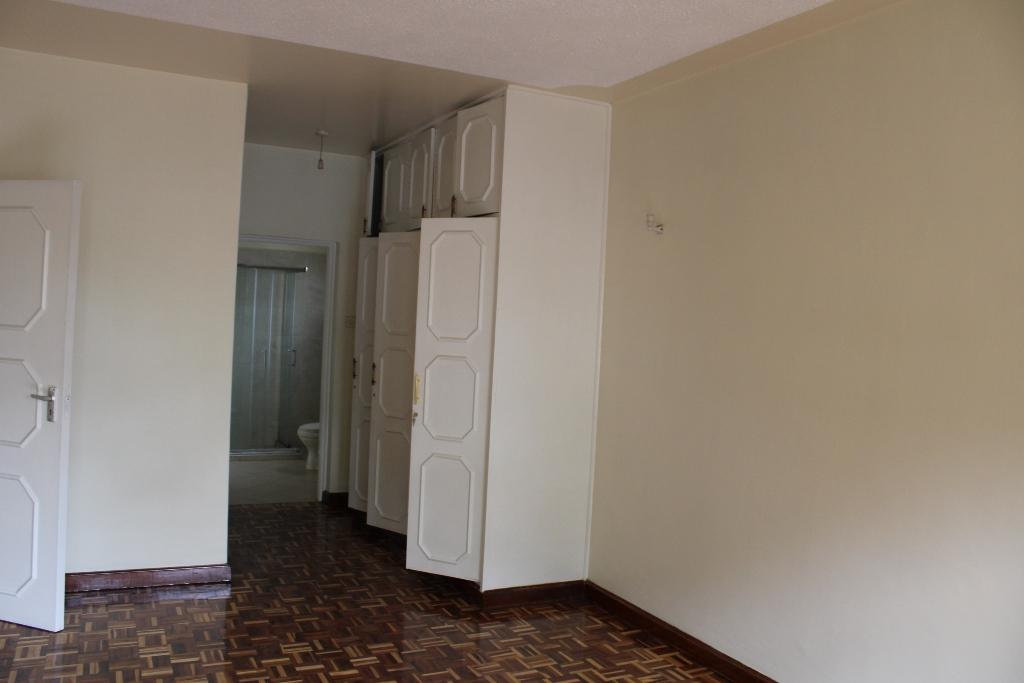 4-bedroom-to-let-in-westlands08