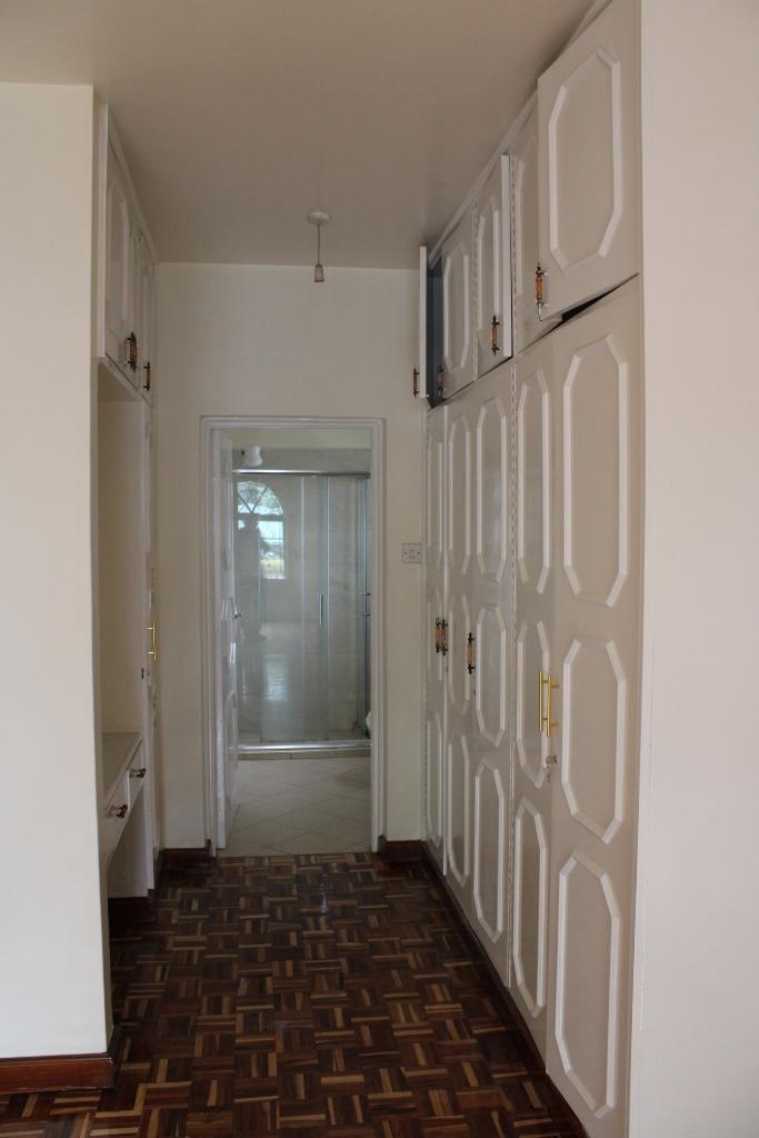 4-bedroom-to-let-in-westlands11