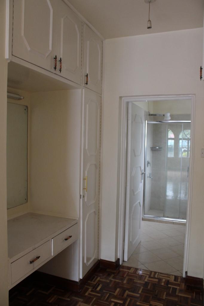 4-bedroom-to-let-in-westlands15