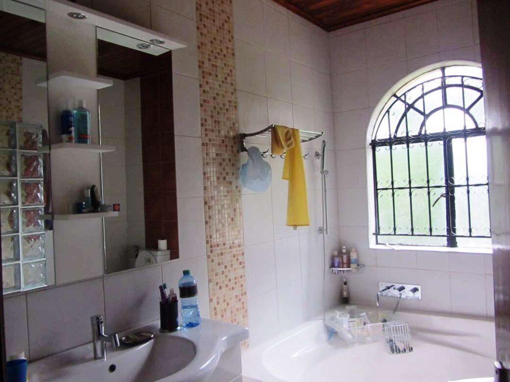 mansion-for-sale-in-westlands09