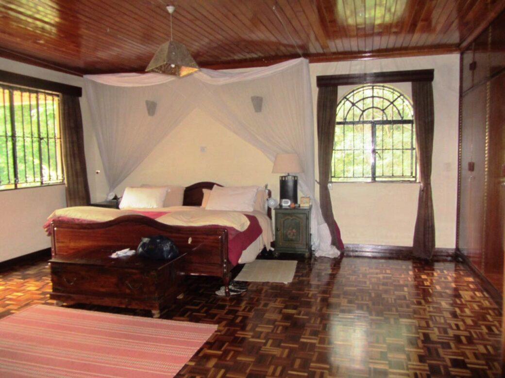 mansion-for-sale-in-westlands17