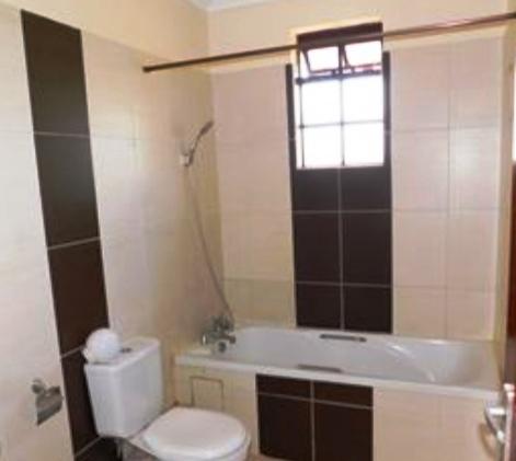 villa-for-sale-in-fourways-kiambu3