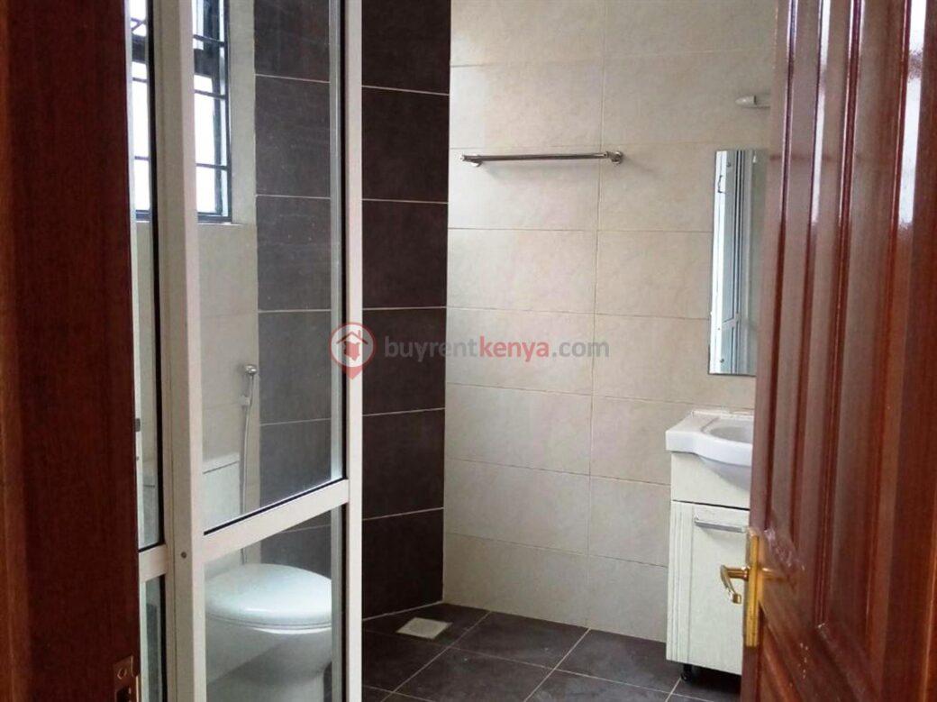 3-bedroom-apartment-for-rent-dennis-pritt0104