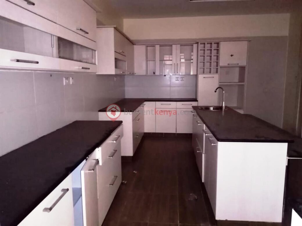 3-bedroom-apartment-for-rent-dennis-pritt0108