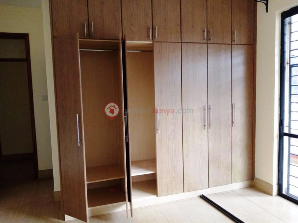 3-bedroom-apartment-for-rent-dennis-pritt0113