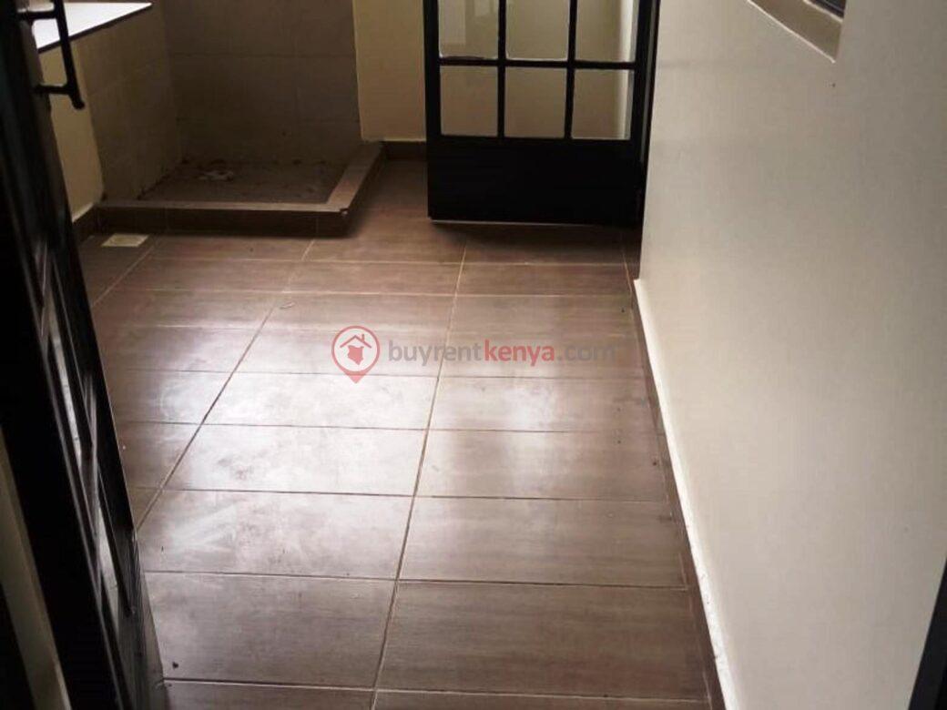 3-bedroom-apartment-for-rent-dennis-pritt0116