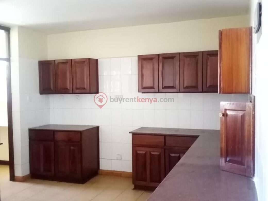 4 bedroom apartment for rent in Lavington0109