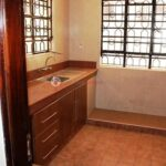 4-bedroom-apartment-for-rent-in-riara07