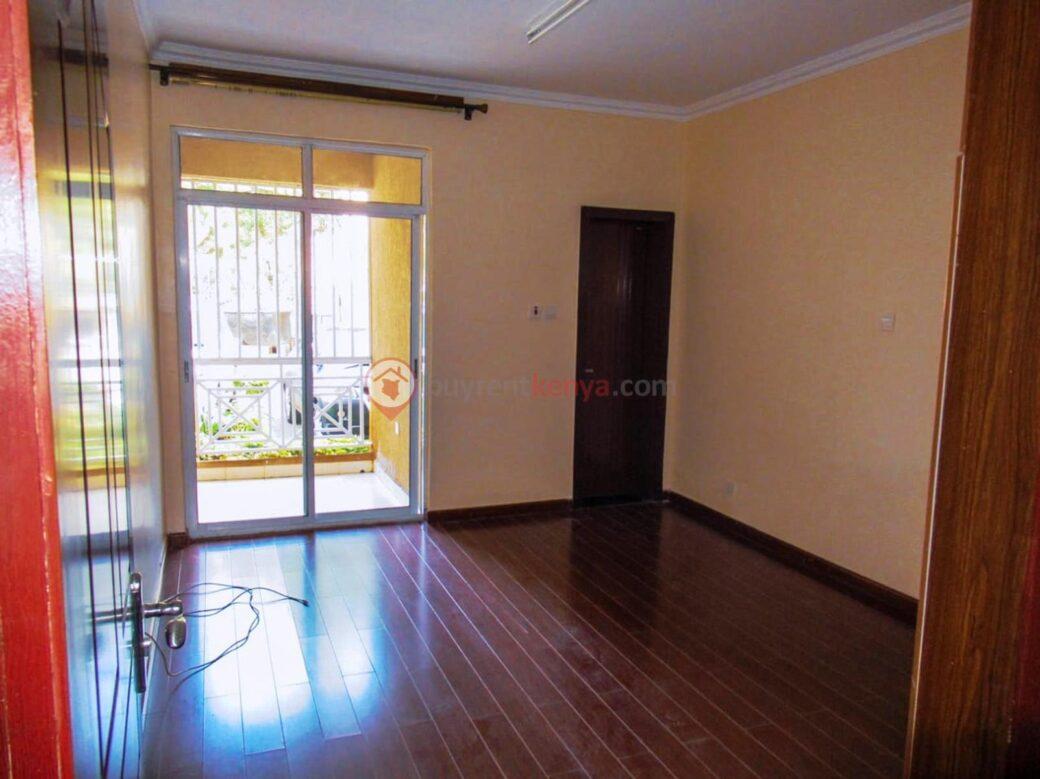4-bedroom-apartment-for-rent-riara-road11