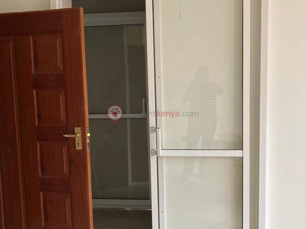 4-bedroom-apartment-for-rent-riverside01010102