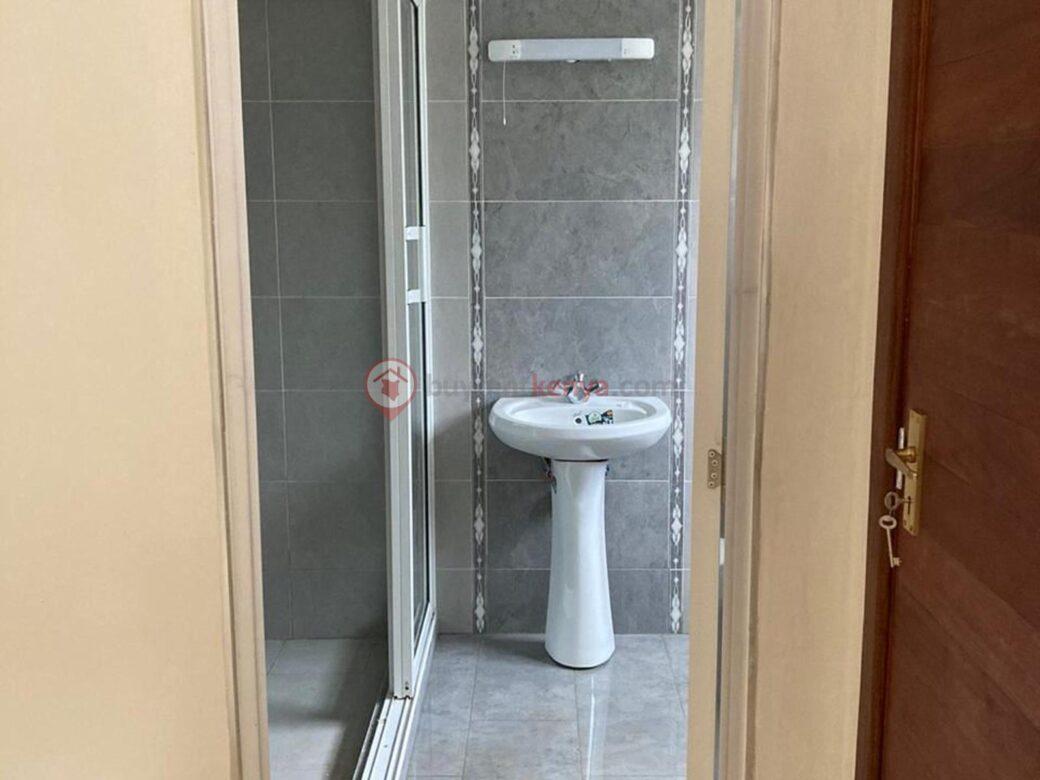 4-bedroom-apartment-for-rent-riverside01010107