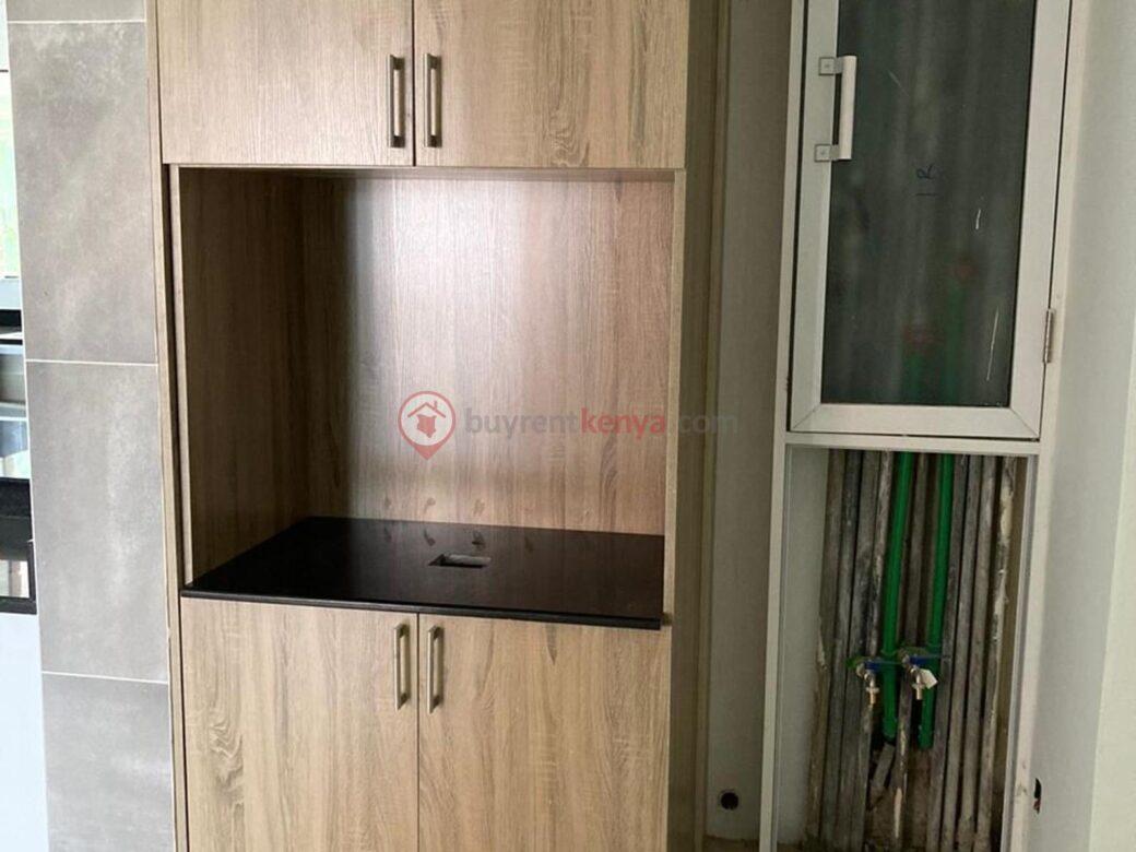 4-bedroom-apartment-for-rent-riverside01010109
