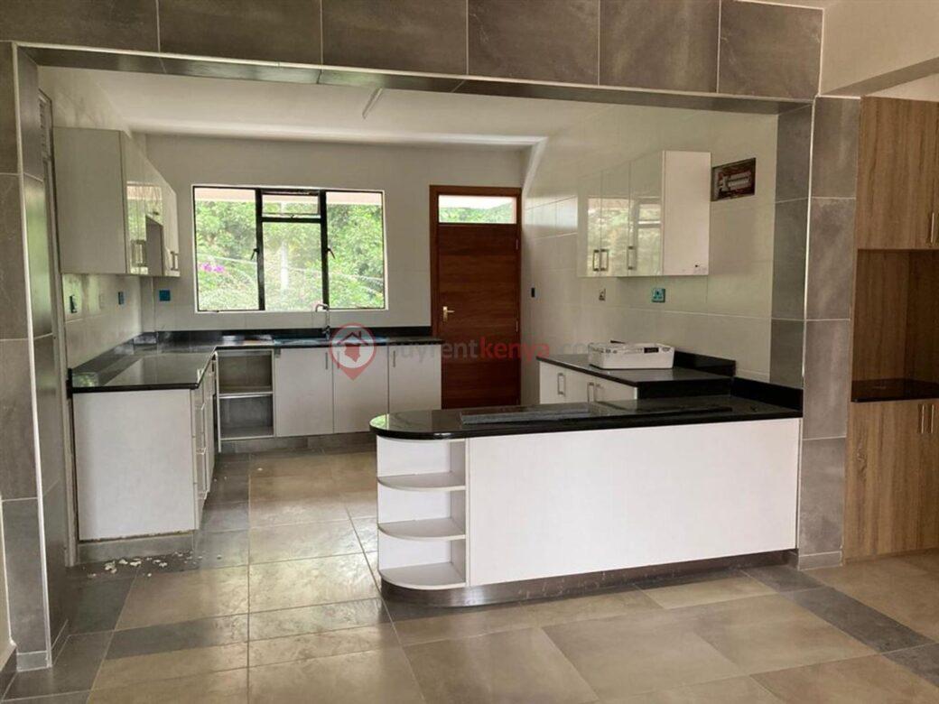 4-bedroom-apartment-for-rent-riverside01010110