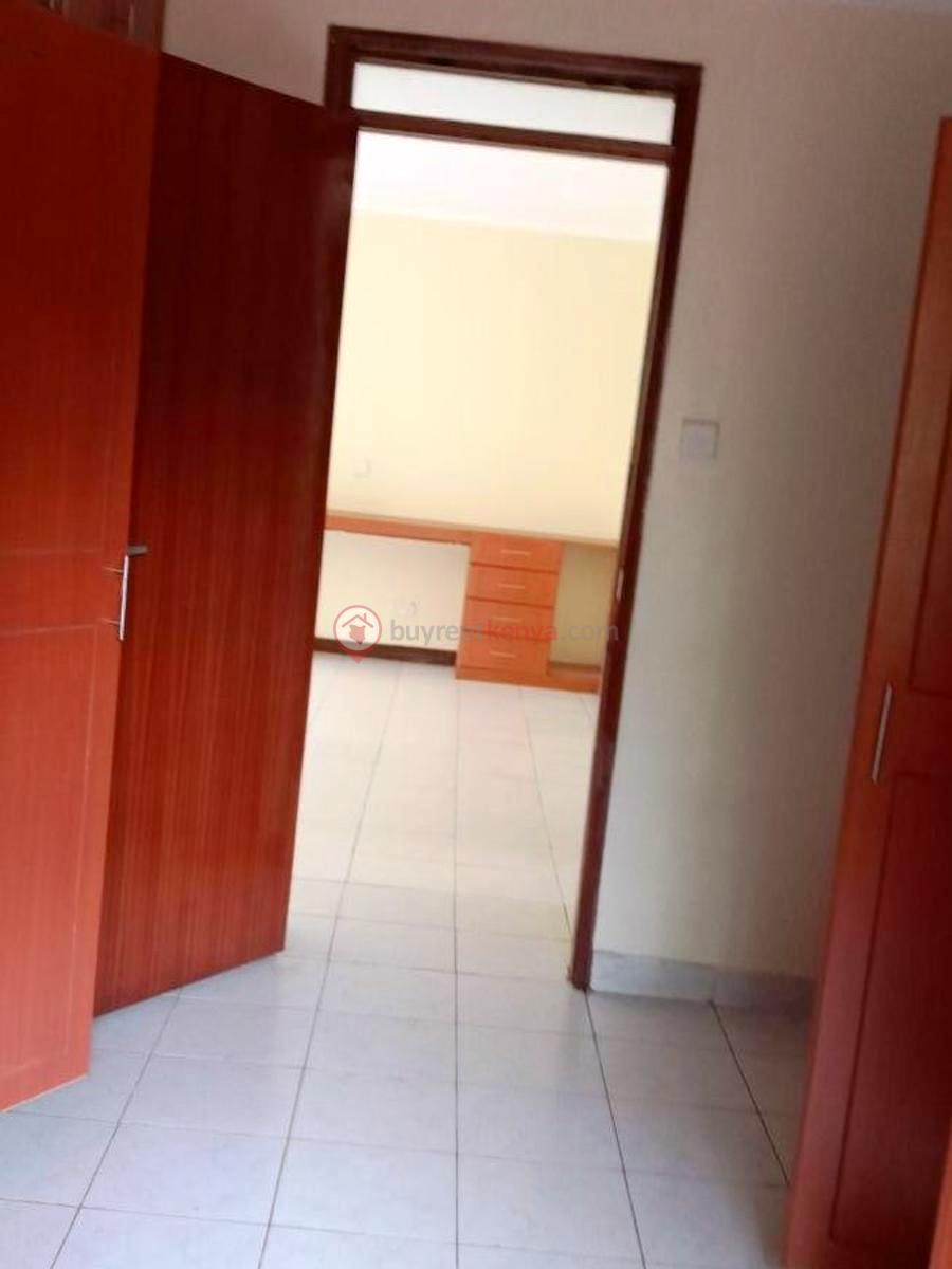 4-bedroom-house-for-rent-spring-valley01