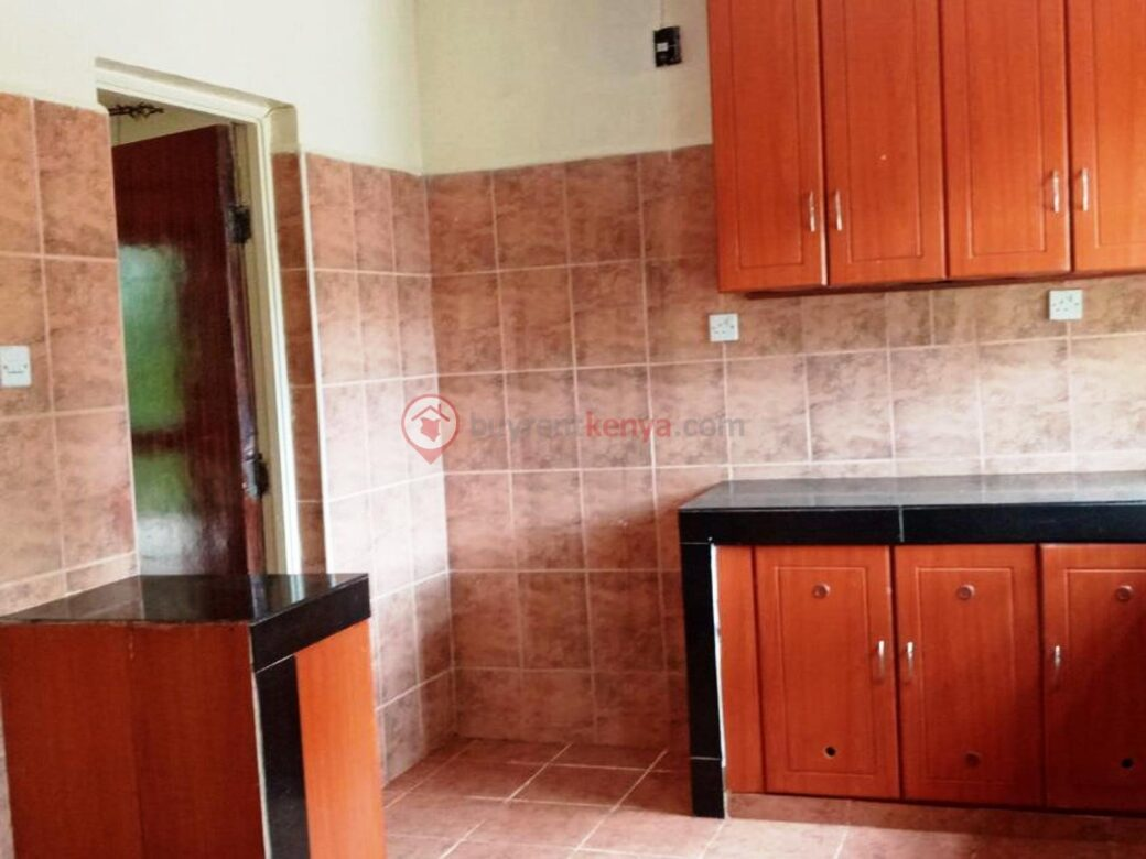 4-bedroom-house-for-rent-spring-valley03