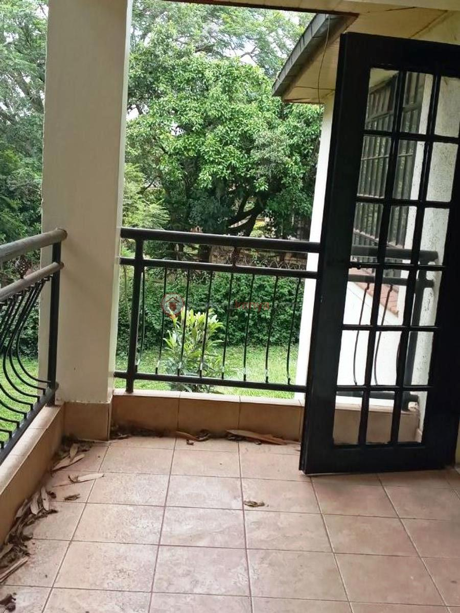 4-bedroom-house-for-rent-spring-valley08