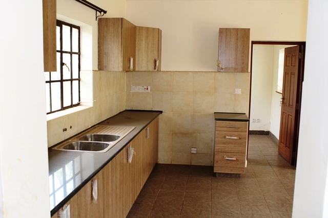 4-bedroom-house-for-sale-in-kiambu-road0101010103