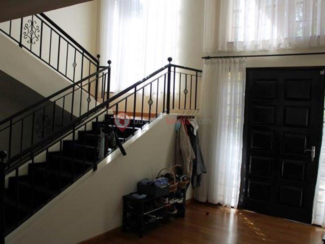 5-bedroom-house-for-rent-karen08