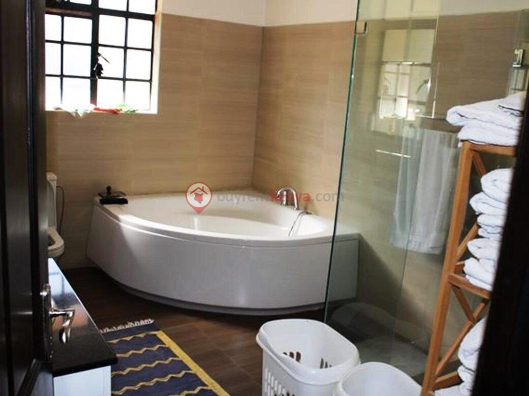 5-bedroom-house-for-rent-karen11