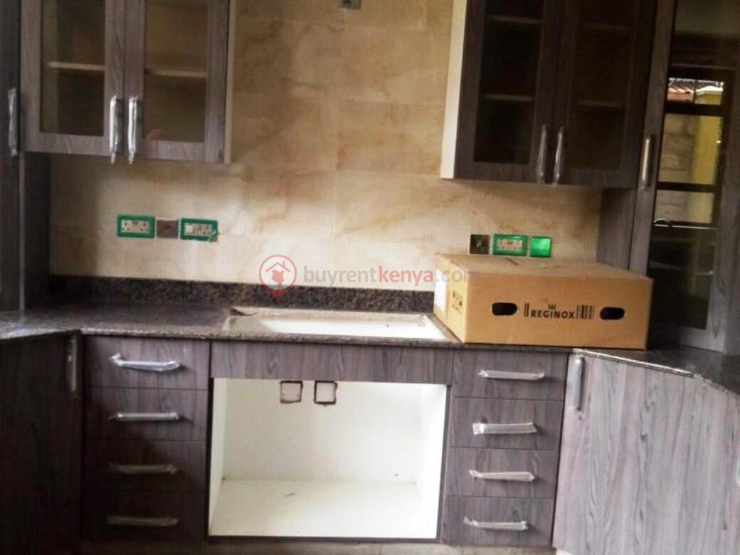 5-bedroom-townhouse-for-sale-lavington02