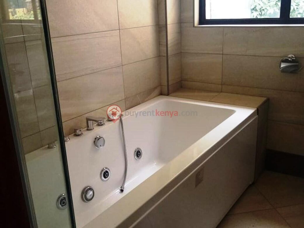 5-bedroom-townhouse-for-sale-lavington03
