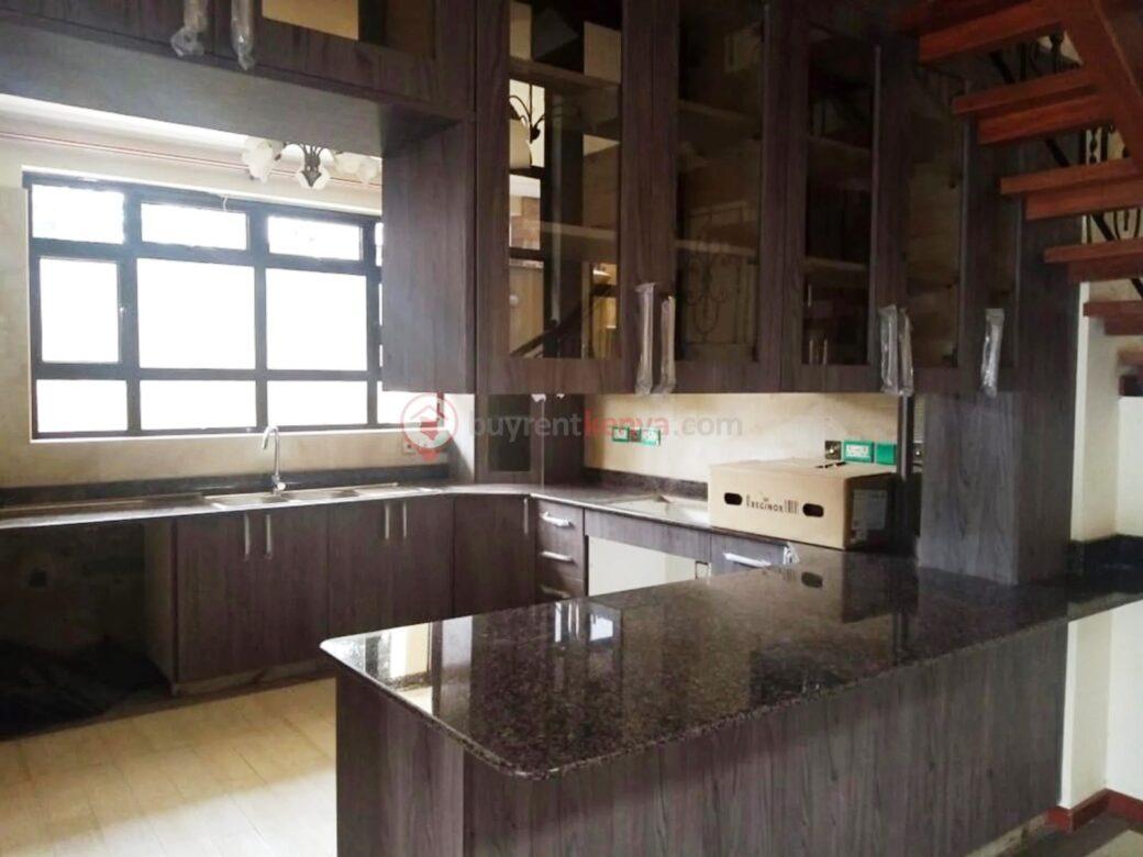 5-bedroom-townhouse-for-sale-lavington05