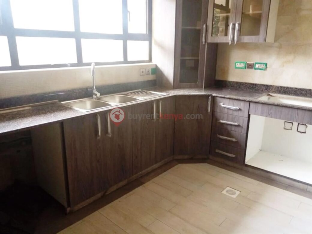 5-bedroom-townhouse-for-sale-lavington12