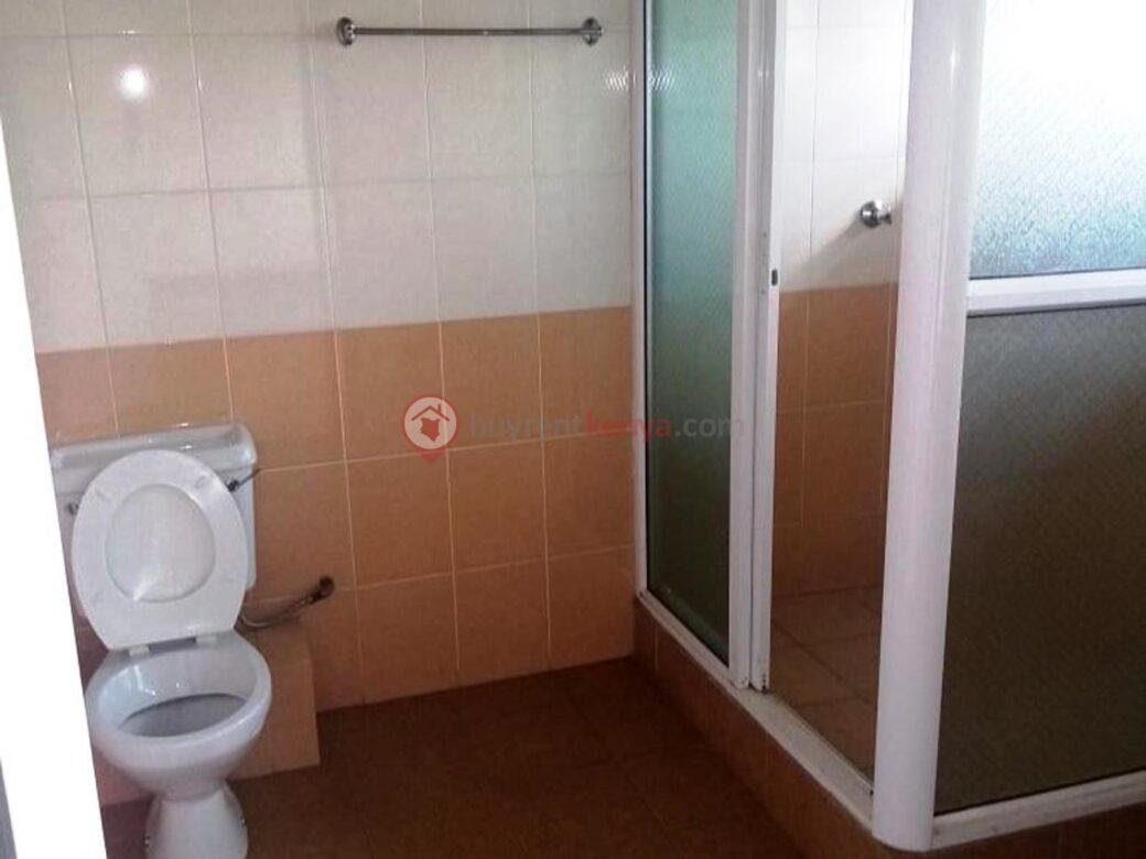 5-bedroom-townhouse-for-sale-thigiri07