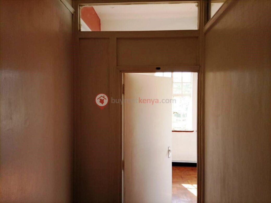 500-ft2-office-for-rent-kilimani04